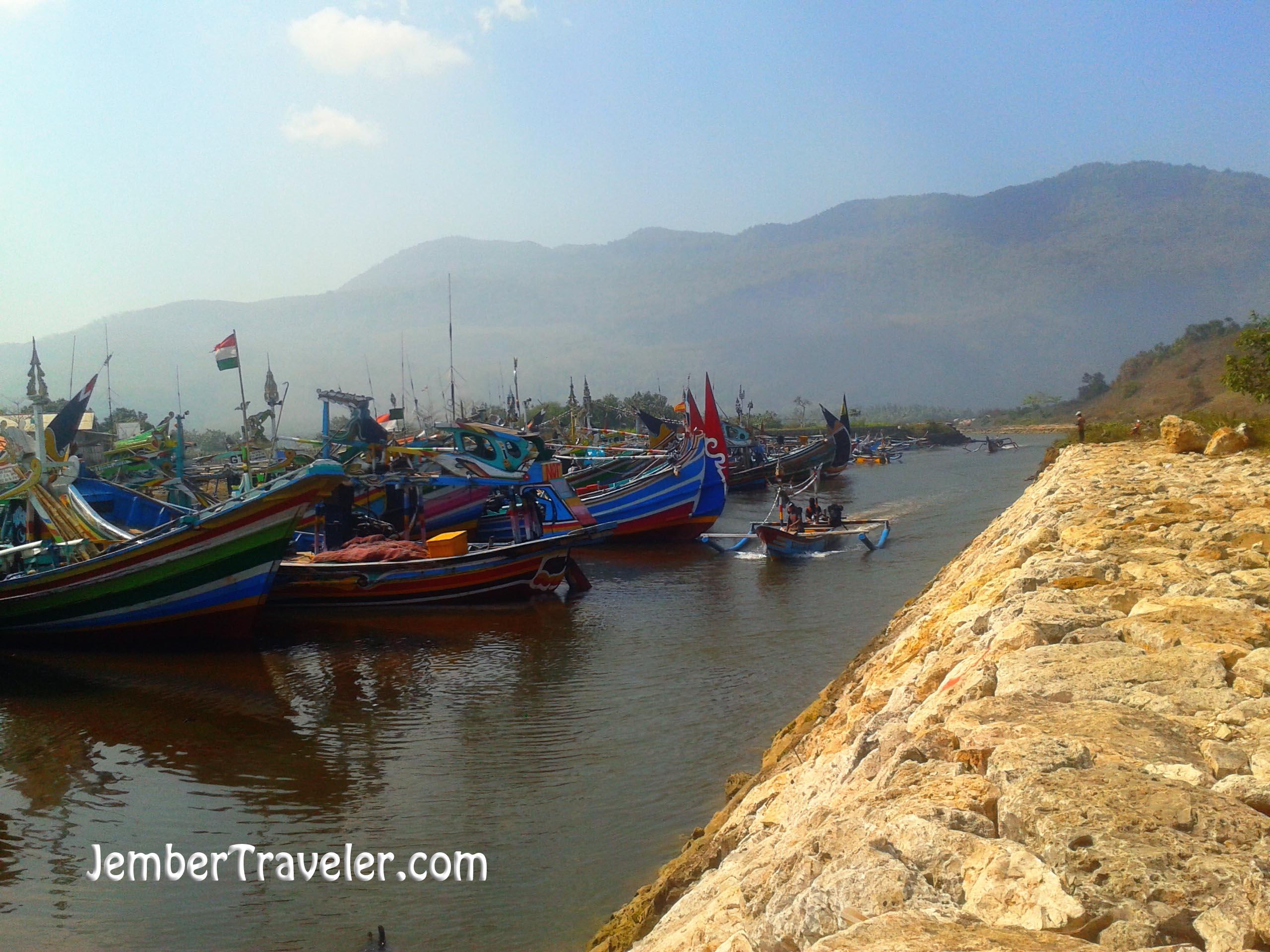 Pantai Pancer Jember Wisata Pemecah Ombak Traveler Nelayan Puger Kab