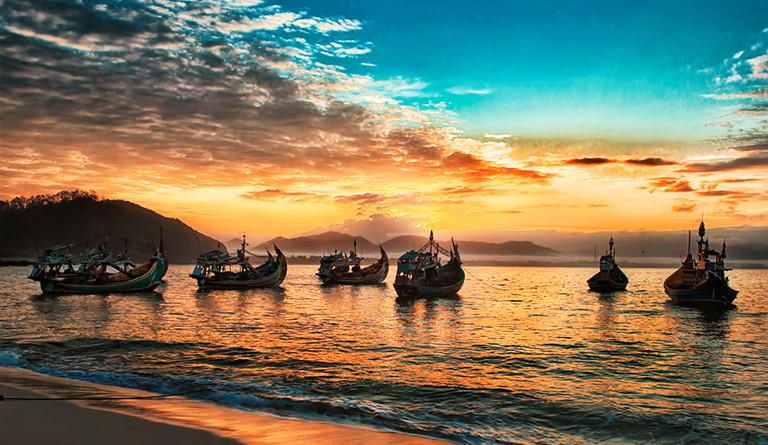 Pantai Puger Nyaman Asri Jember Provinsi Jawa Timur Kab