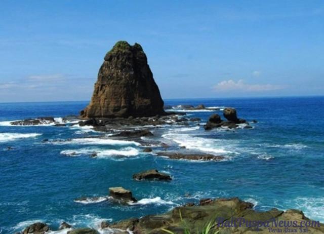 Legenda Ular Raksasa Pantai Watu Ulo Jember Berita Aktual Bali