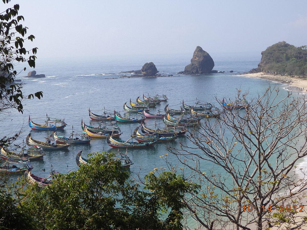Pantai Papuma Jember Wikipedia Bahasa Indonesia Ensiklopedia Bebas Watu Ulo