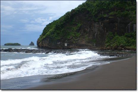 Watu Ulo Blog News Menuju Pantai Menggunakan Kendaraan Pribadi Ataupun