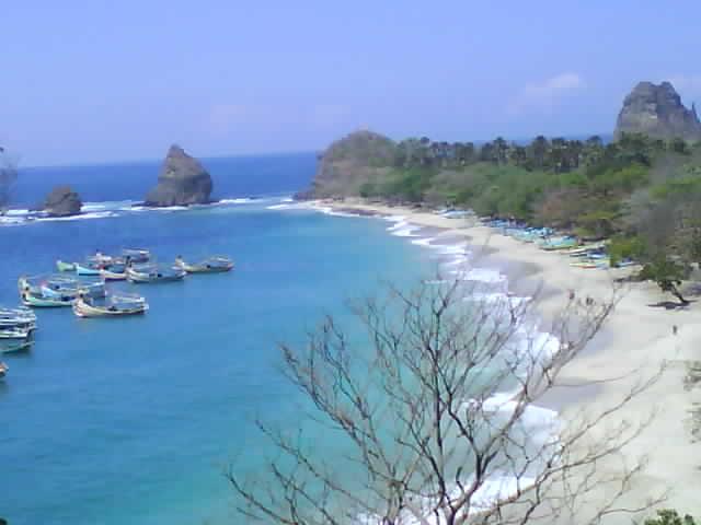 Watu Ulo Blog News Puncak Ketinggian Tanjung Papuma Melihat Pesona
