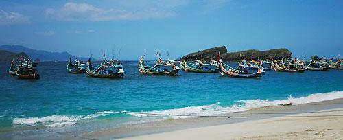 Wisata Pantai Watu Ulo Jember Jawa Timur Kab