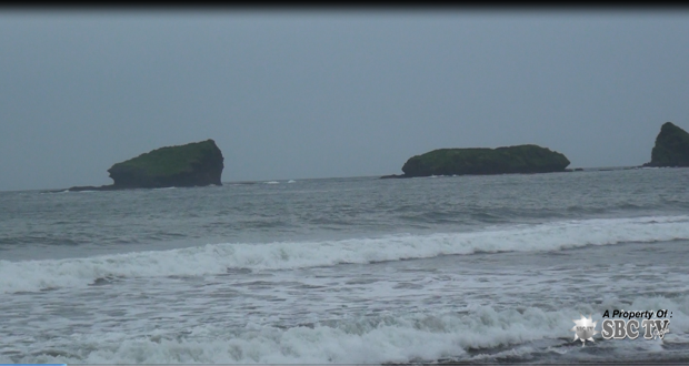 Wisata Pantai Watu Ulo Sbc Tv Jatim Kab Jember