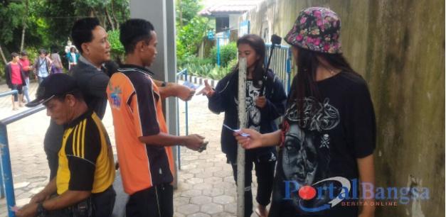 Kita Jember Dukung Nuril Portal Indonesia Peristiwa Narko Membagikan Stiker