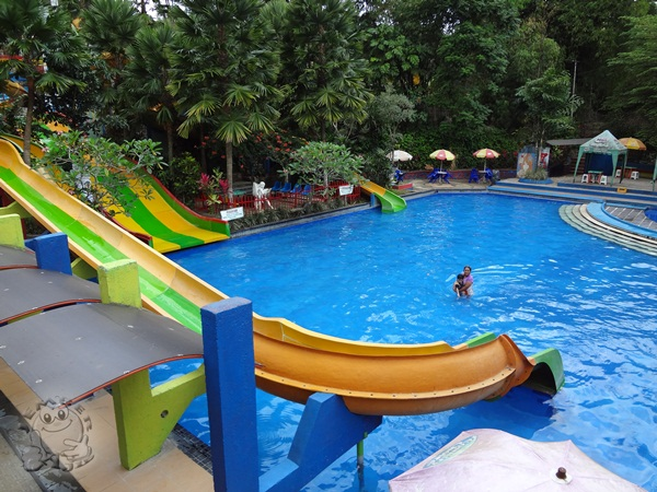Lestari Hotel Resto Jember Tiara Water Park Taman Air Kab