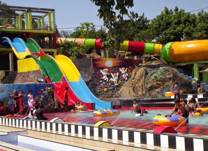 Pesona Waterpark Tiara Indah W1 Jpg Taman Air Kab Jember