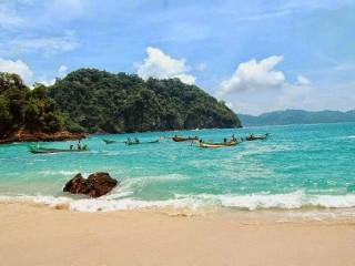 4 Pantai Cantik Natural Taman Nasional Meru Betiri Yuk Piknik