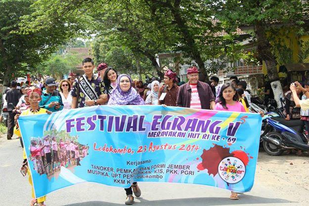 Jfc Pagelaran Festival Egrang Tanoker Ledokombo Mulai Festifal Kecamatan Kab