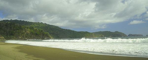 Kabupaten Jember Wikiwand Pantai Bandealit Wisata Warung Air Glantangan Kab