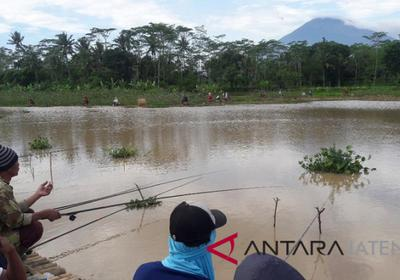 Kembangkan Wisata Air Jember Desa Tegowanuh Warung Glantangan Kab