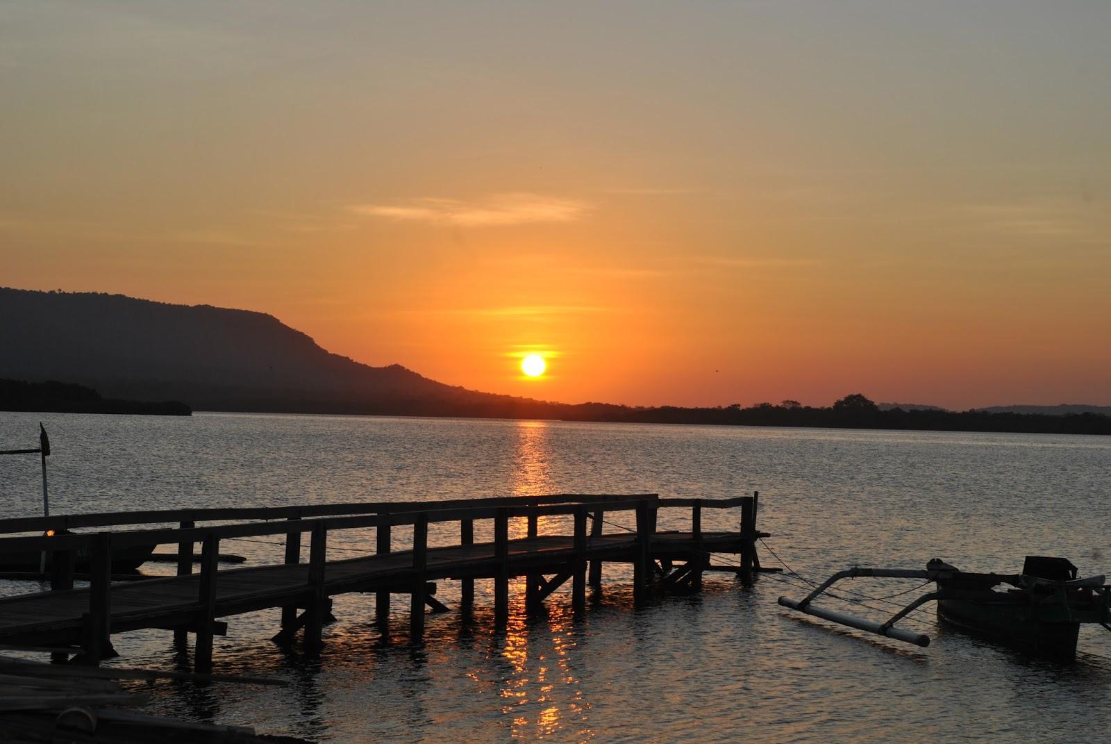 Keindahan Sunrise Karangsewu Kelurahan Gilimanuk Kec Melaya Addthis Sharing Buttons