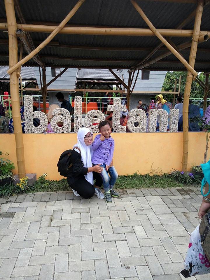 Bale Tani Banjaragung Bareng Jombang Maditok Lokasi Berdekatan Pabrik Sepatu