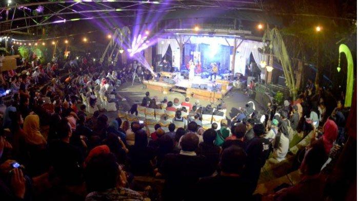Menikmati Tradisi Leluhur Lewat Jazz Kampoeng Djawi Tribunjatim Kab Jombang