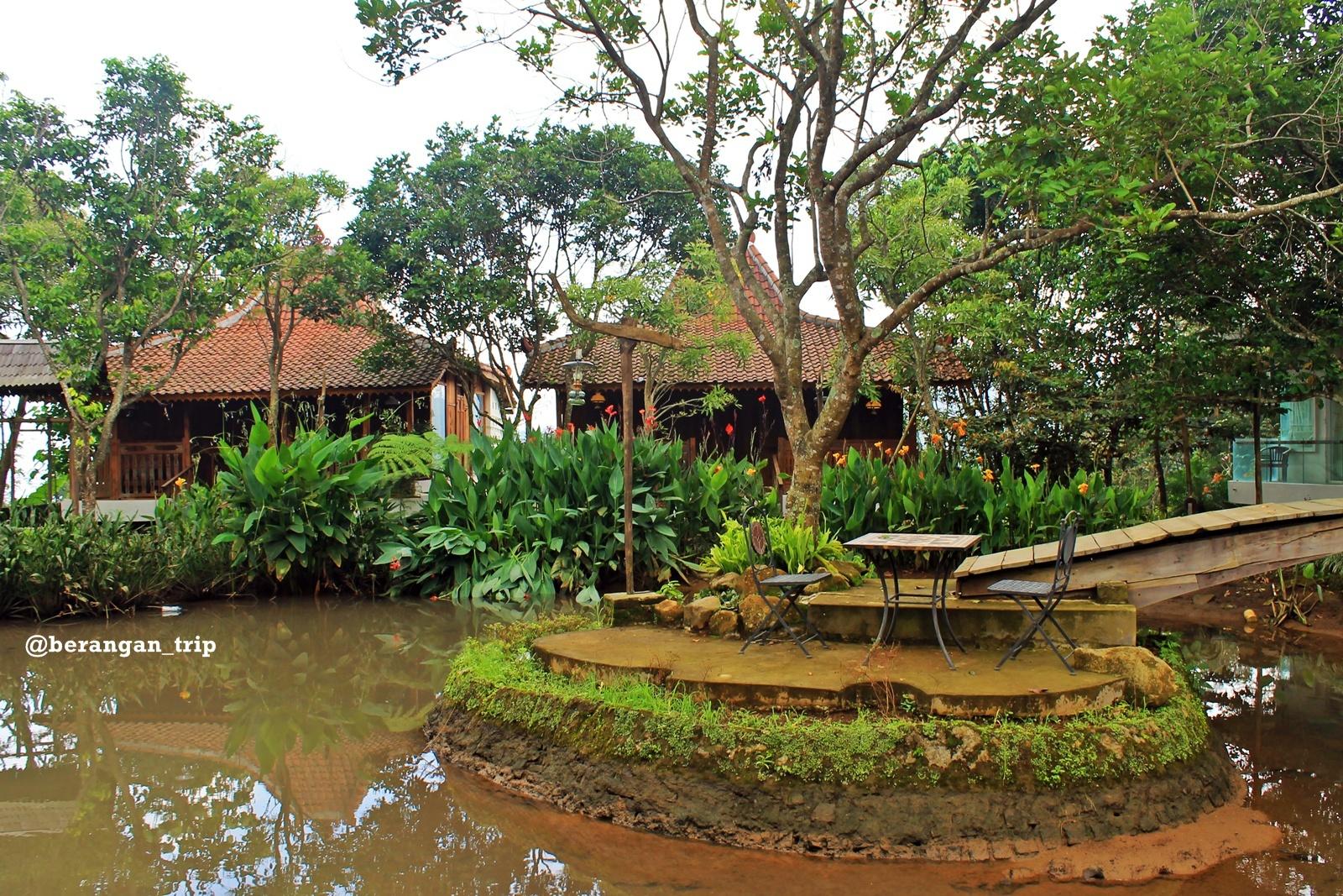 Outbound Bernuansa Pedesaan Kampoeng Djawi World Griya Jineman Menghadap Danau