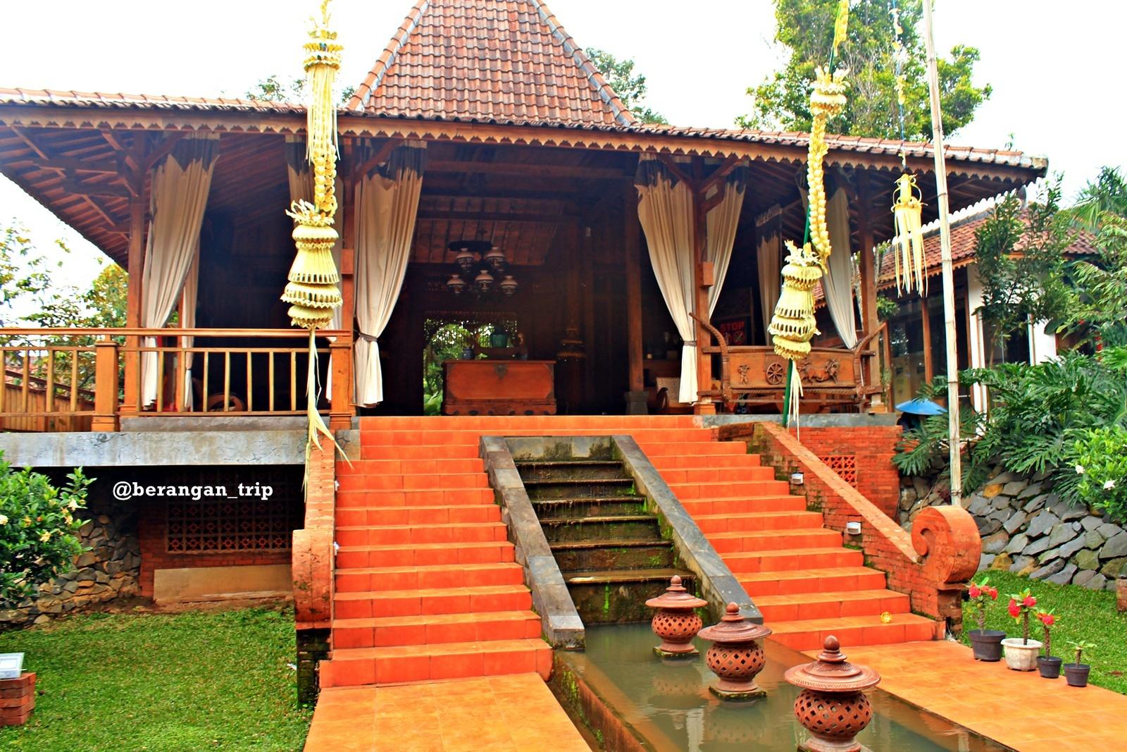 Outbound Bernuansa Pedesaan Kampoeng Djawi World Pendopo Lobby Kab Jombang