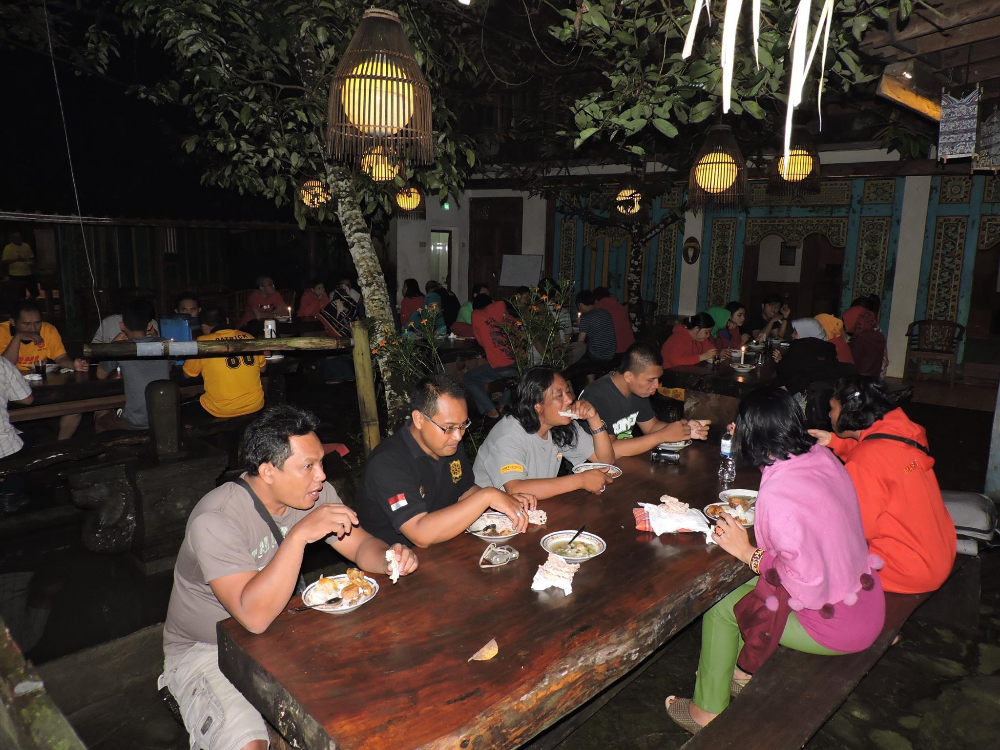 Paket Posoan Kampoeng Djawi Tweets Kab Jombang