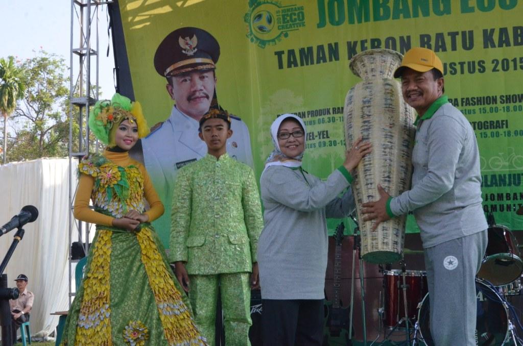 Bupati Jombang Buka Eco Creative 2015 Pemerintah Kab Dilaksanakan Taman