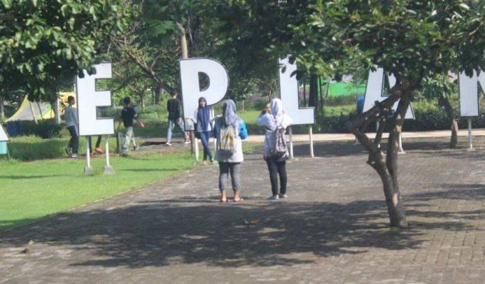 Minim Penerangan Taman Kota Santri Jombang Jadi Ajang Mesum Mangkal