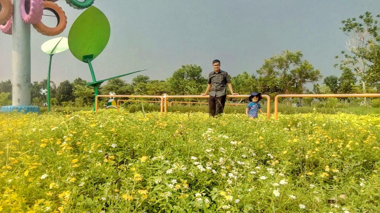 Rth Keplaksari Kerennya Taman Jombang Beriman Yaa Dibandingin Sama Tempat