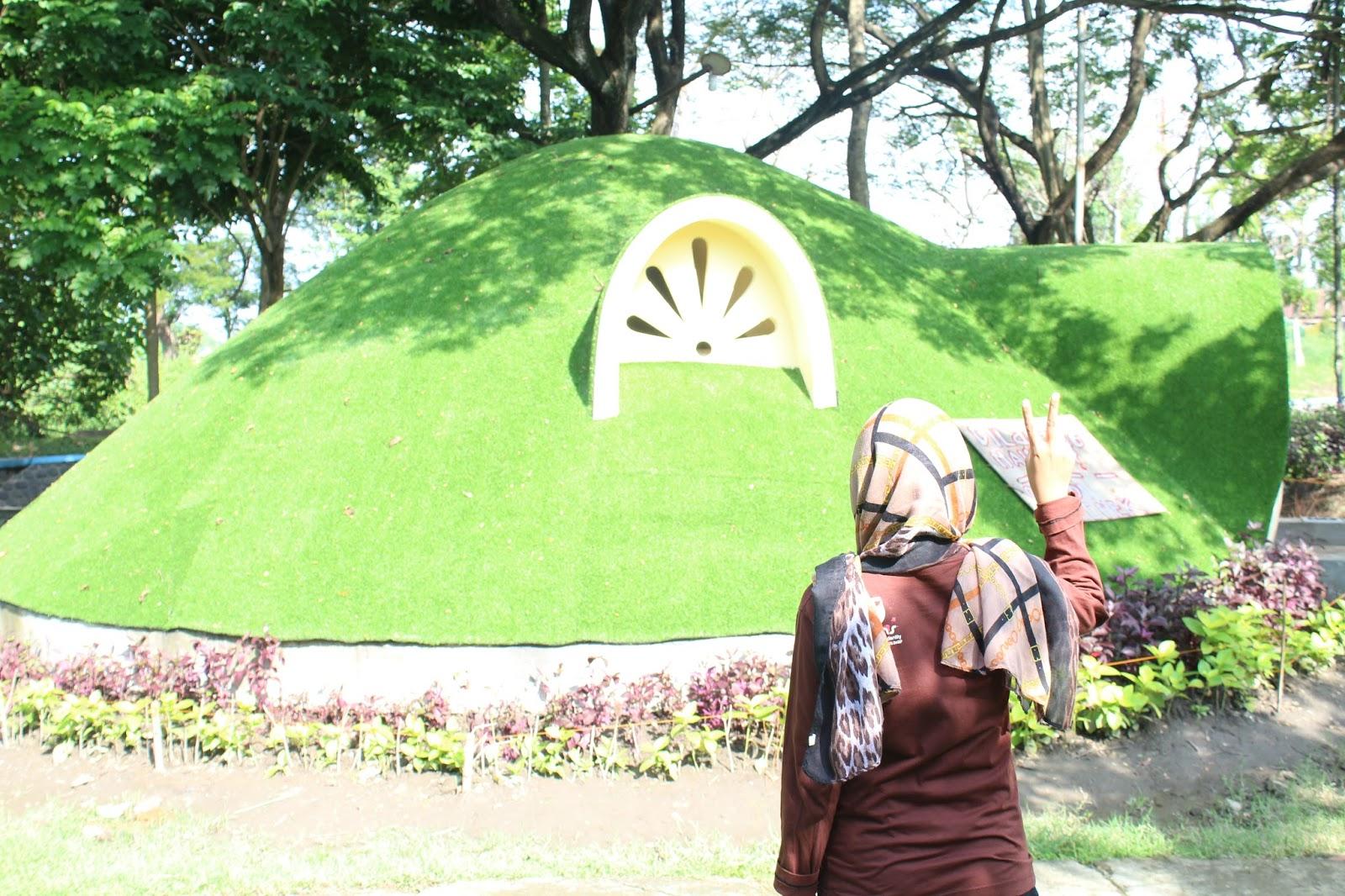 Taman Kebon Ratu Keplak Sari Jombang Tertuju Padanya Bagi Berfoto
