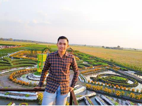 Tiket Masuk Taman Ponggok Banjarsari Bandarkedungmulyo Jombang