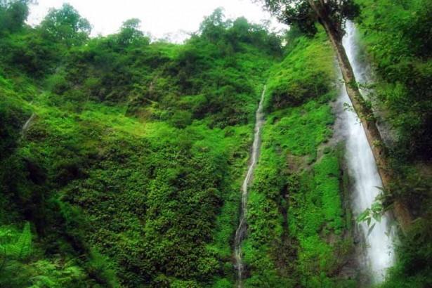 7 Obyek Wisata Jombang Patut Dikunjungi Kabupaten Taman Tirta Kab