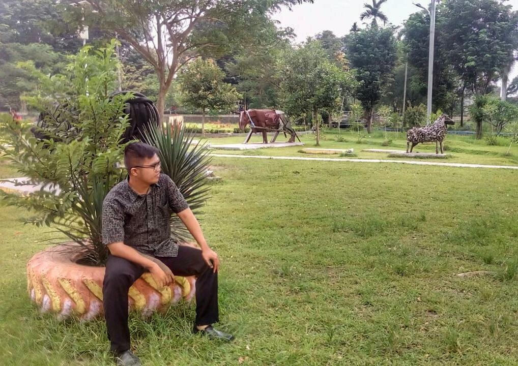 Rth Keplaksari Kerennya Taman Jombang Beriman Berada Tepat Samping Terminal