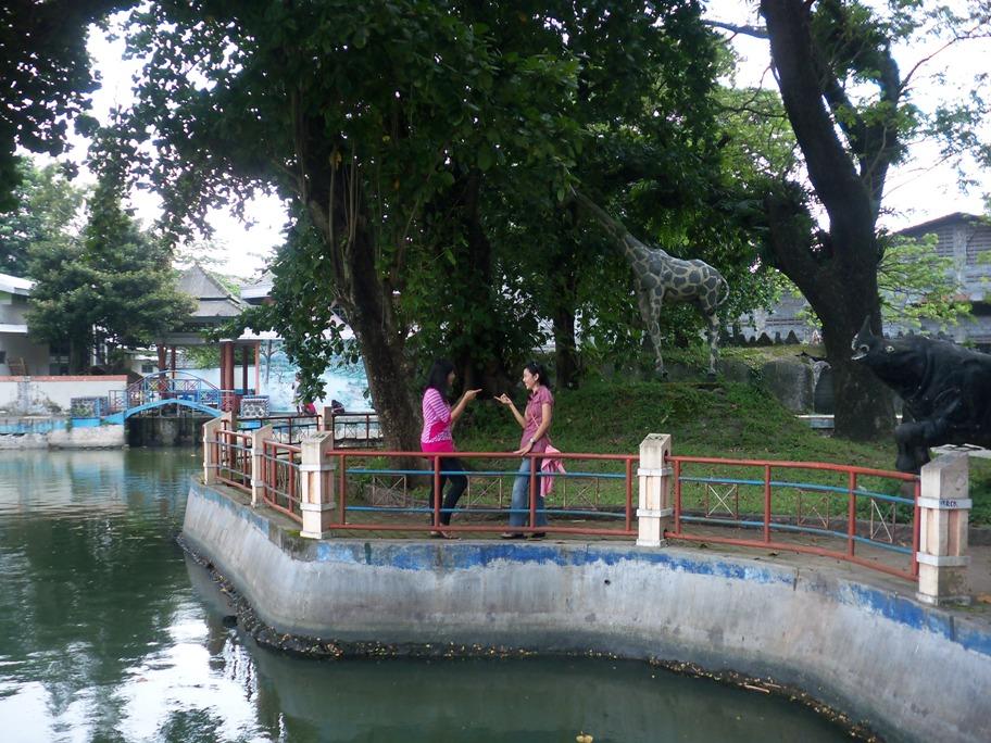 Tirta Wisata Jombang Cukup Olahraga Renang Mengajak Keponakan Main Air