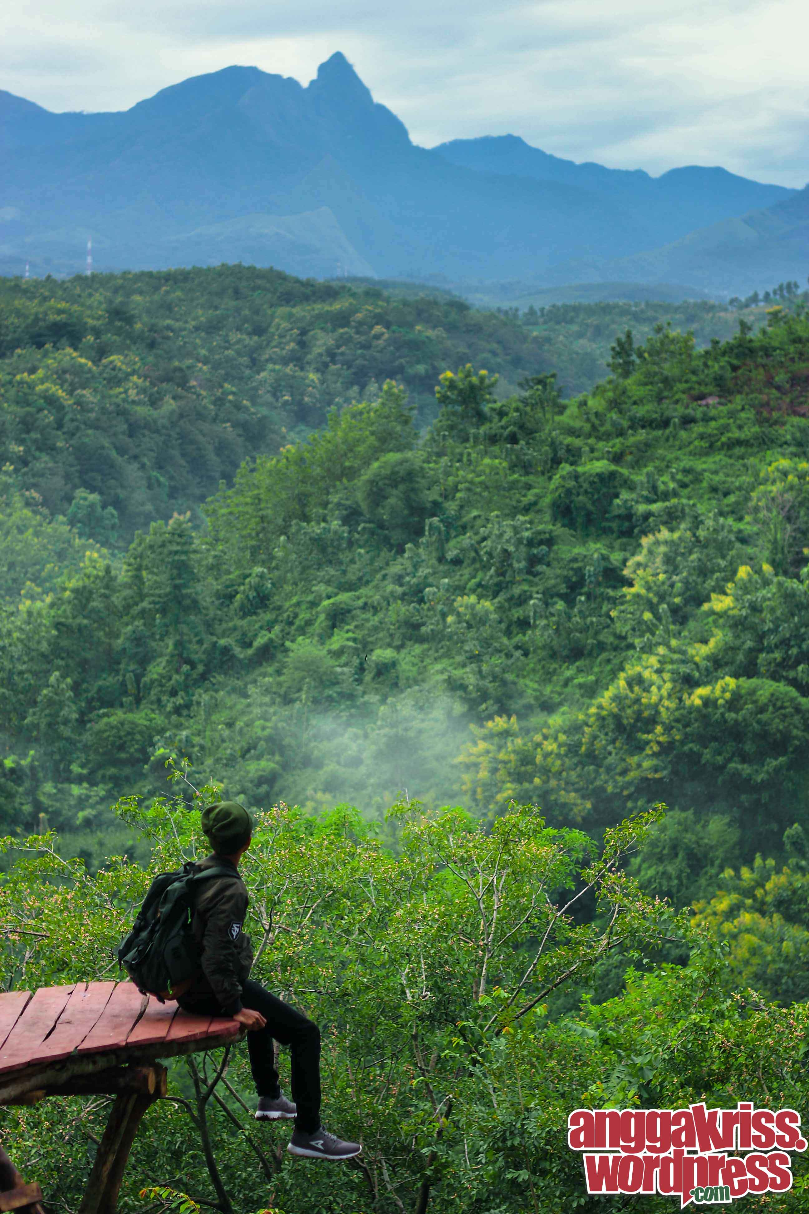 Menikmati Pagi Atas Bukit Sunrise Goa Jepang Anggakris Blog Sekelumit