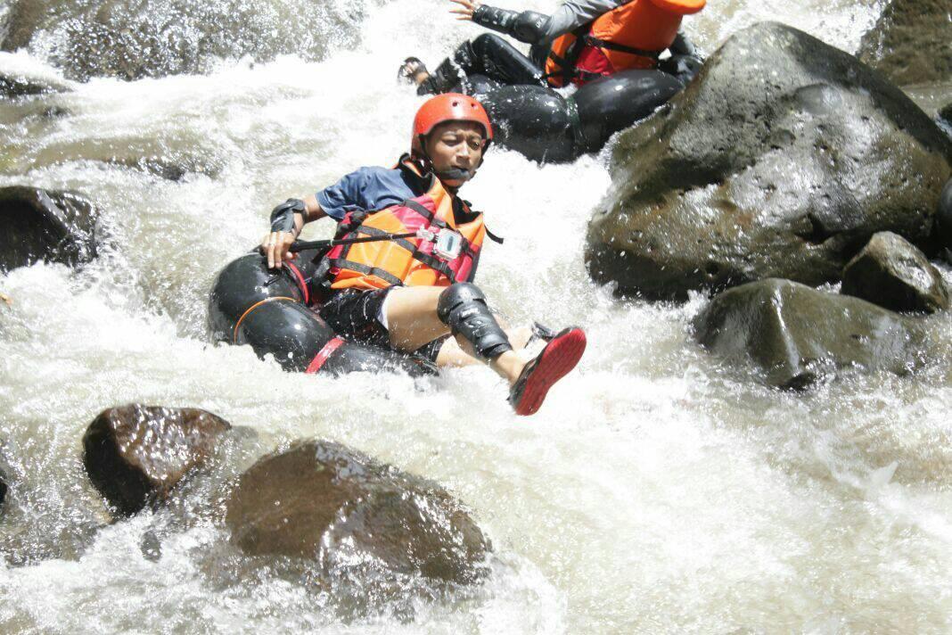 Ngargoyoso Page 5 6 Tubing Dung Rayung River Kemuning Agrowisata