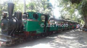 Wisata Karanganyar Agrowisata Sondokoro Diserbu Pengunjung Sejumlah Menumpang Kereta Api