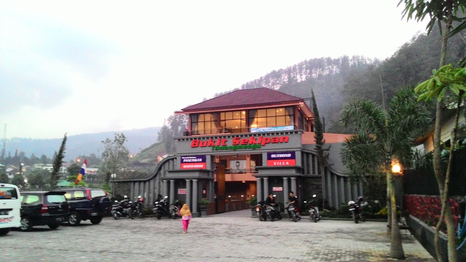 Maeshare 2d1n Bukit Sekipan Tawangmangu Karanganyar Kab