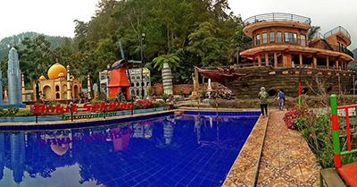 Wana Wisata Bukit Sekipan Tawangmangu Karanganyar Harga Tiket Kolam Renang