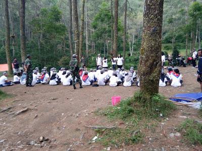 Wana Wisata Bukit Sekipan Tawangmangu Karanganyar Harga Tiket Oubound Foto