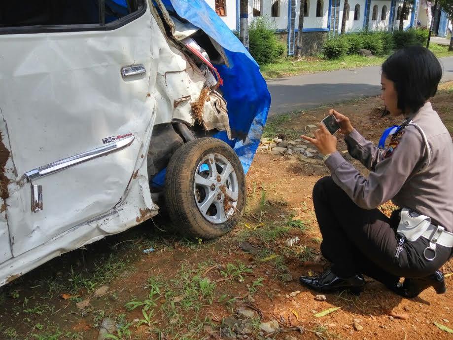 Sat Polres Karanganyar Selidiki Penyebab Kecelakaan Gumeng Satuan Lintas Kepolisian
