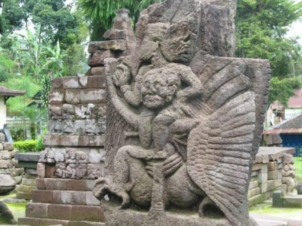 Candi Sukuh Karanganyar Jawa Tengah Myrepro Image Kethek Kab