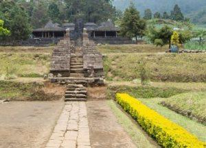 Destinasi Tempat Wisata Menarik Kabupaten Karanganyar Jawa Candi Cetho Ceto