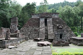 Relief Sejarah Candi Sukuh Karanganyar Kab