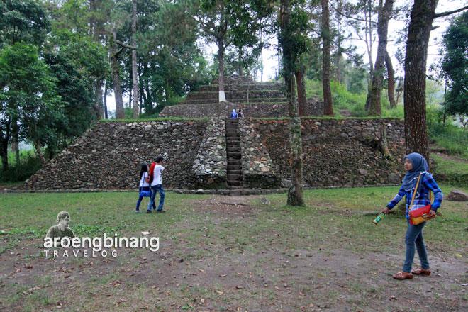 Aroengbinang Candi Kethek Karanganyar Puri Taman Saraswati Kab