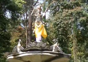 Destinasi Tempat Wisata Menarik Kabupaten Karanganyar Jawa Taman Saraswati Puri