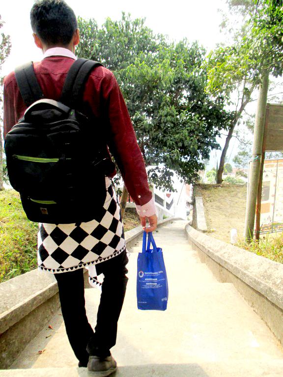 Indahnya Puri Taman Saraswati Bpr Restu Magazine Mengunjungi Candi Cetho