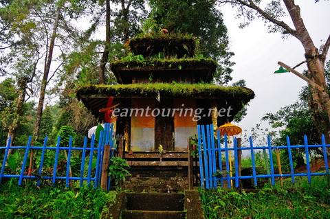 Puri Saraswati Taman Dewi Ilmu Pengetahuan Karanganyar Teamtouring Pura Kompleks