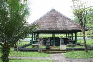 Sapta Tirta Pablengan Terletak Desa Kecamatan Matesih 20 Km Kota