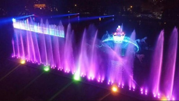 Pesona Keindahan Obyek Wisata Taman Air Mancur Sri Baduga Purwakarta