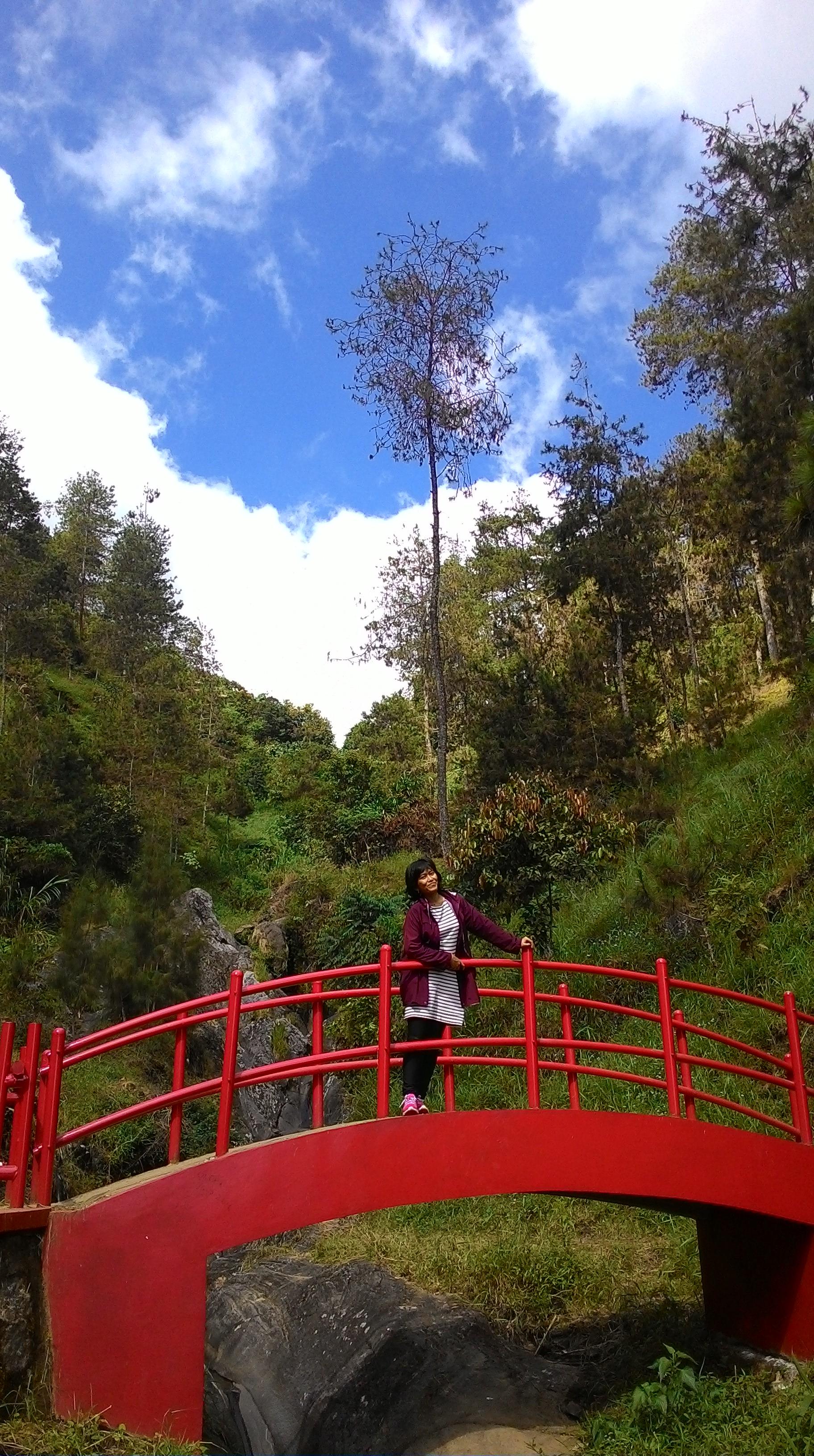Menghindarijakarta Bermain Seharian Karanganyar Bella Zoditama Jembatan Merah Taman Hutan