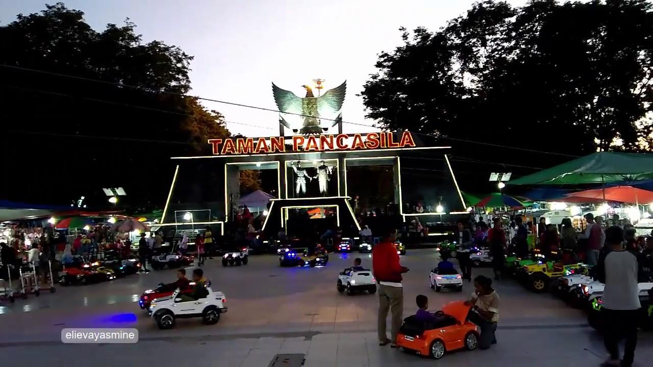 Malam Mingguan Taman Pancasila Karanganyar Jawa Tengah Youtube Kab