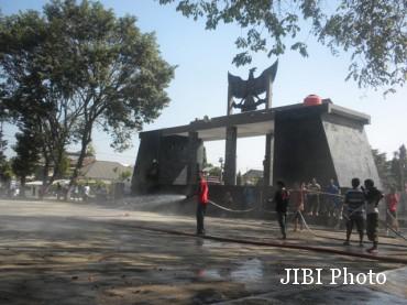 Penataan Pkl Karanganyar 100 Ramai Ngepel Taman Pancasila 370x277 Jpg