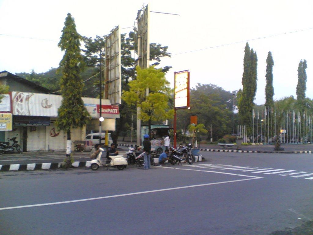 Taman Pancasila Karanganyar Morning View Mapio Net Kab