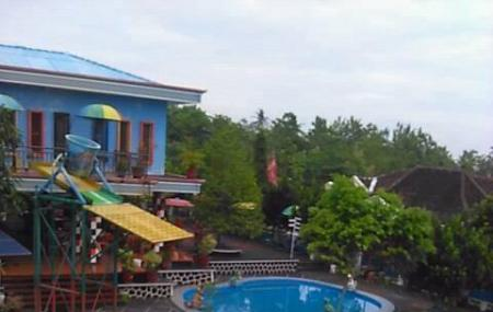 Tirta Guwo Indah Laweyan Reviews Ticket Price Timings Review Waterboom